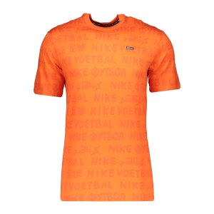 nike-f-c-aop-small-block-t-shirt-orange-f837-cu4228-lifestyle_front.png