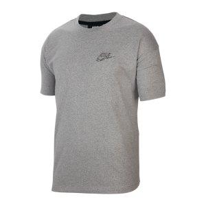 nike-essentials-t-shirt-grau-f902-cu4509-lifestyle_front.png