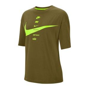nike-swoosh-t-shirt-damen-gruen-f368-cu5682-lifestyle_front.png