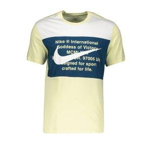 nike-swoosh-tee-t-shirt-blau-f335-cu9736-lifestyle.png