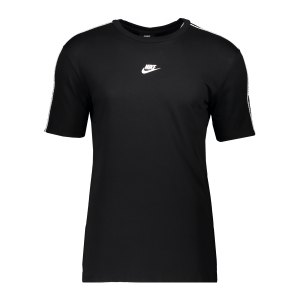 nike-repeat-t-shirt-schwarz-f010-cz7825-lifestyle_front.png