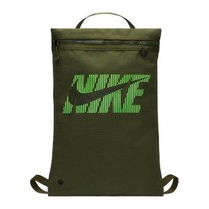 nike-utility-graphic-gymsack-gruen-f325-da8225-lifestyle_front.png