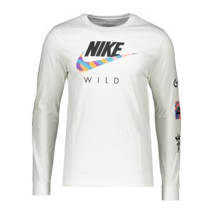 nike-graphic-wild-sweatshirt-weiss-f100-db6137-lifestyle_front.png