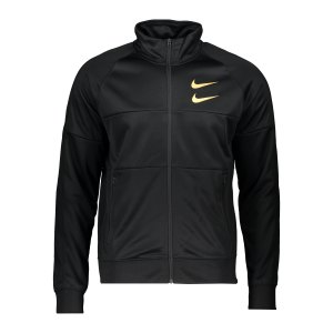 nike-swoosh-jacke-schwarz-gold-f010-dc2588-lifestyle_front.png