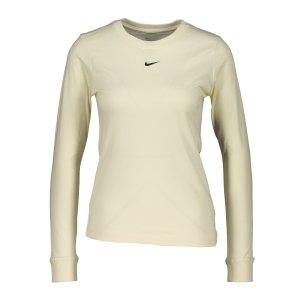 nike-essentials-shirt-langarm-damen-beige-f113-dc9833-lifestyle_front.png