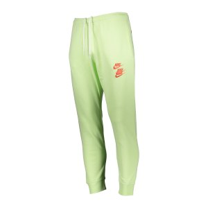 nike-world-tour-jogginghose-gruen-f383-dd0884-lifestyle_front.png