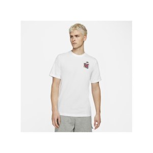 nike-shoebox-t-shirt-weiss-f100-dd1260-lifestyle_front.png