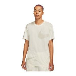 nike-big-swoosh-t-shirt-beige-f133-dd3349-lifestyle_front.png