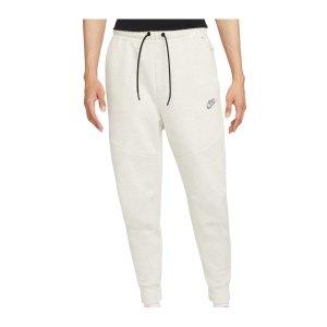 nike-tech-fleece-jogginghose-weiss-f100-dd4706-lifestyle_front.png