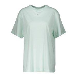 nike-essential-t-shirt-damen-gruen-weiss-f394-dh4255-lifestyle_front.png