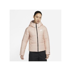 nike-therma-fit-classic-series-jacke-damen-f601-dj6997-lifestyle_front.png
