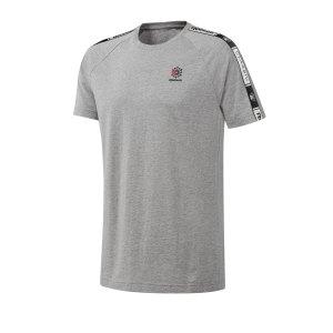 reebok-classics-taped-tee-t-shirt-tee-grau-lifestyle-freizeit-strasse-textilien-t-shirt-tees-dt8146.jpg