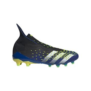 adidas-predator-freak-ag-schwarz-weiss-fy7614-fussballschuh_right_out.png