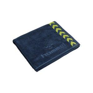 hummel-large-towel-handtuch-blau-f6616-208805-equipment_front.png