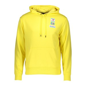 new-balance-essentials-field-day-hoody-fftl-mt11514-lifestyle_front.png