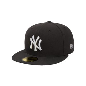 new-era-ny-yankees-mlb-fittet-cap-grau-weiss-10010761-lifestyle_front.png