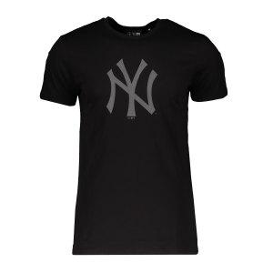 new-era-ny-yankees-reflective-print-t-shirt-fblk-12553251-lifestyle_front.png