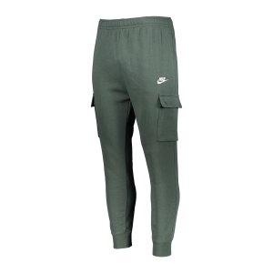 nike-club-cargo-hose-gruen-weiss-f337-cz9954-lifestyle_front.png