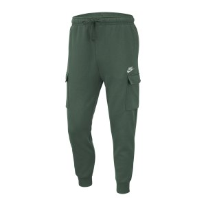 nike-club-fleece-jogginghose-gruen-f370-cd3129-lifestyle_front.png