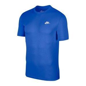 nike-club-t-shirt-blau-weiss-f430-ar4997-lifestyle_front.png
