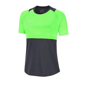 nike-dri-fit-academy-pro-shirt-kurzarm-damen-f062-fussball-teamsport-textil-shorts-bv6940.png