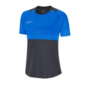 nike-dri-fit-academy-pro-shirt-kurzarm-damen-f068-fussball-teamsport-textil-shorts-bv6940.png