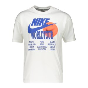 nike-graphic-world-tour-t-shirt-weiss-f100-da0937-lifestyle_front.png