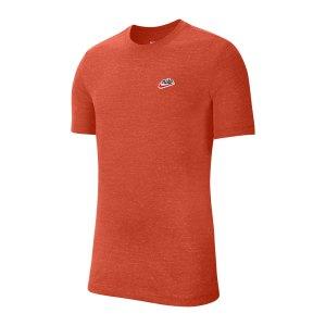nike-heritage-t-shirt-orange-f861-ck2383-lifestyle_front.png