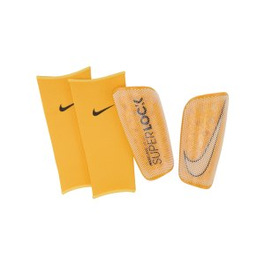 nike-mercurial-flylite-superlock-schoner-f133-ck2155-equipment_front.png
