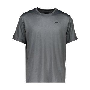 nike-pro-t-shirt-training-schwarz-f010-cz1181-laufbekleidung_front.png