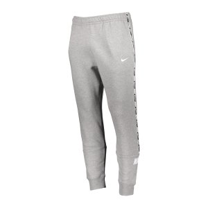 nike-repeat-fleece-jogginghose-grau-weiss-f064-dc0719-lifestyle_front.png