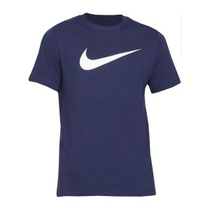nike-swoosh-t-shirt-blau-weiss-f410-dc5094-lifestyle_front.png