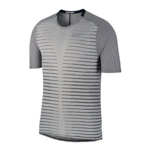 nike-tech-knit-future-fast-t-shirt-running-f010-cu6056-laufbekleidung_front.png