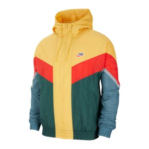 nike-windrunner-gelb-f700-cu4438-lifestyle_front.png