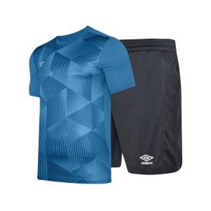umbro-maxium-kit-set-kids-blau-schwarz-fkz3-umtk0100-teamsport_front.png